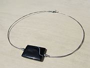 Kowal Outdoorschmuck mini Halskette Die Elegante, Frontansicht, klein